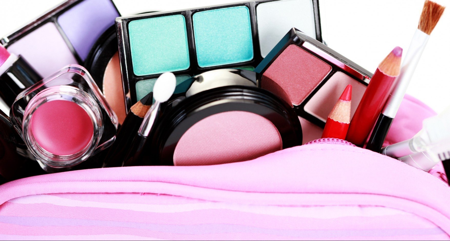 20 Toxic Ingredients Found In Everyday Cosmetics